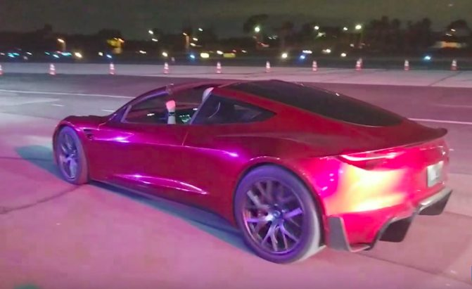 Watch The New Tesla Roadster Accelerate And Go Into Plaid