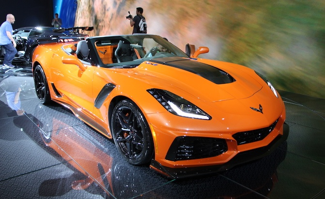 corvette zr convertible debuts  sunny los angeles autoguidecom news