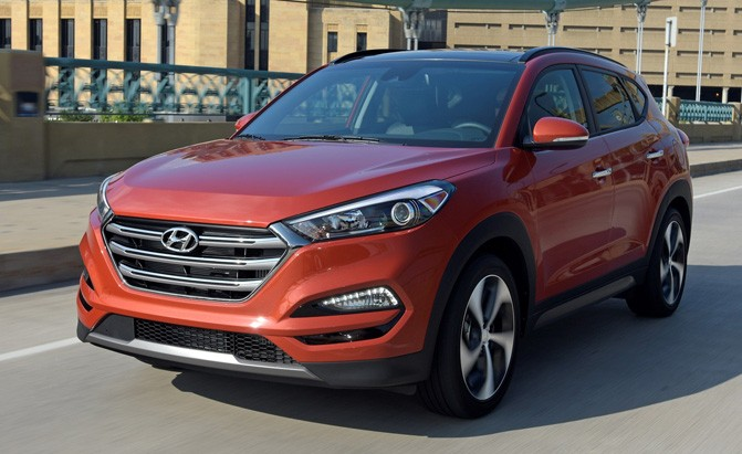 2018 hyundai tucson arrives at dealerships with updated tech news. Black Bedroom Furniture Sets. Home Design Ideas