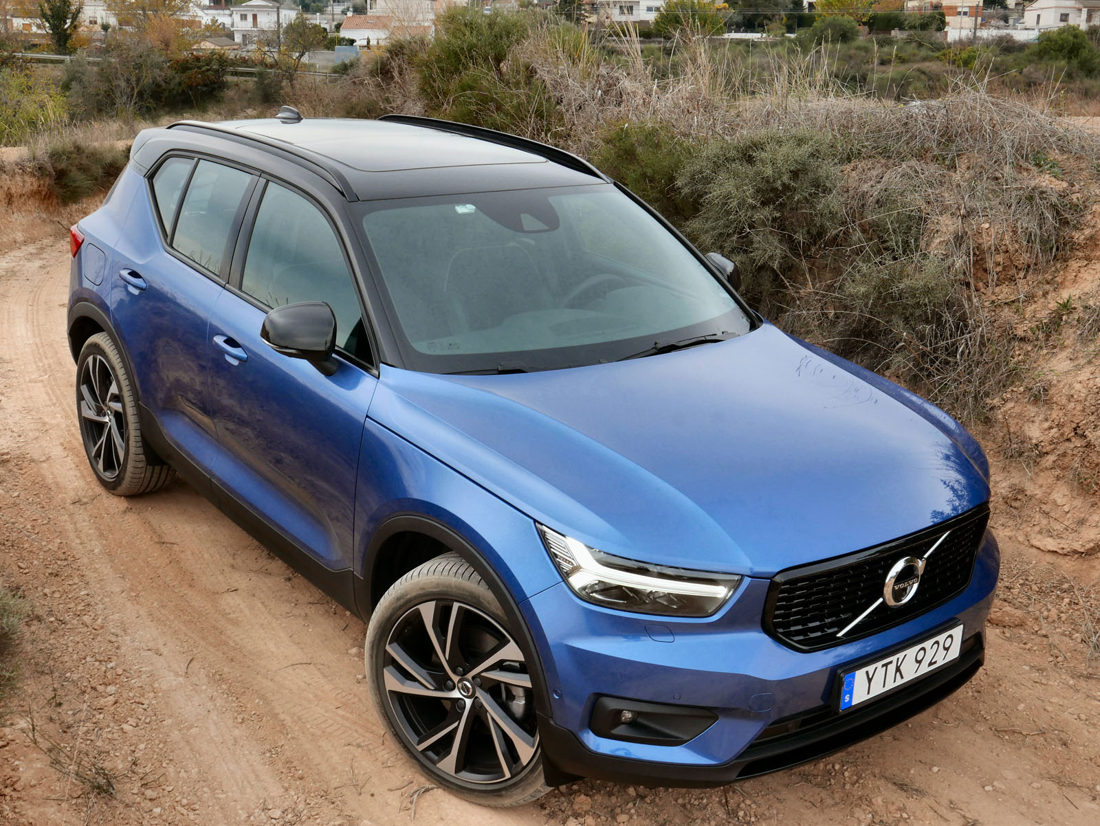 2019 Volvo XC40 Review-Hunting-24