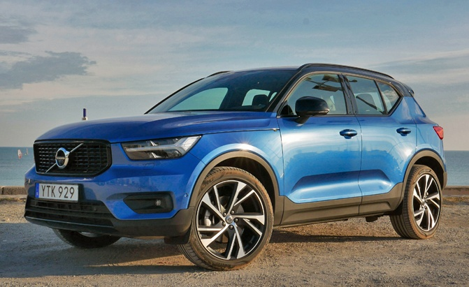 2019 Volvo Xc40 Review And First Drive Autoguide Com