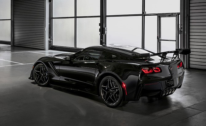 Chevrolet Corvette Zr on Lt5 Engine Block