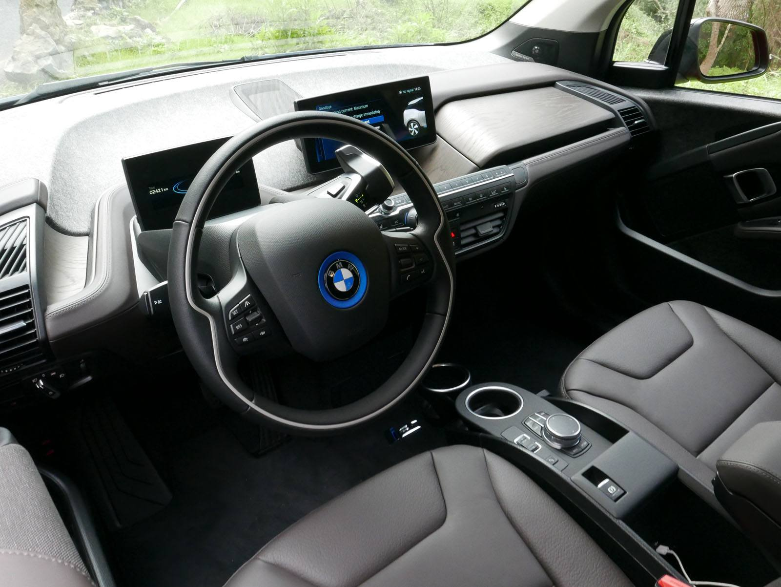 2018 BMW i3s Review-HUNTING-20