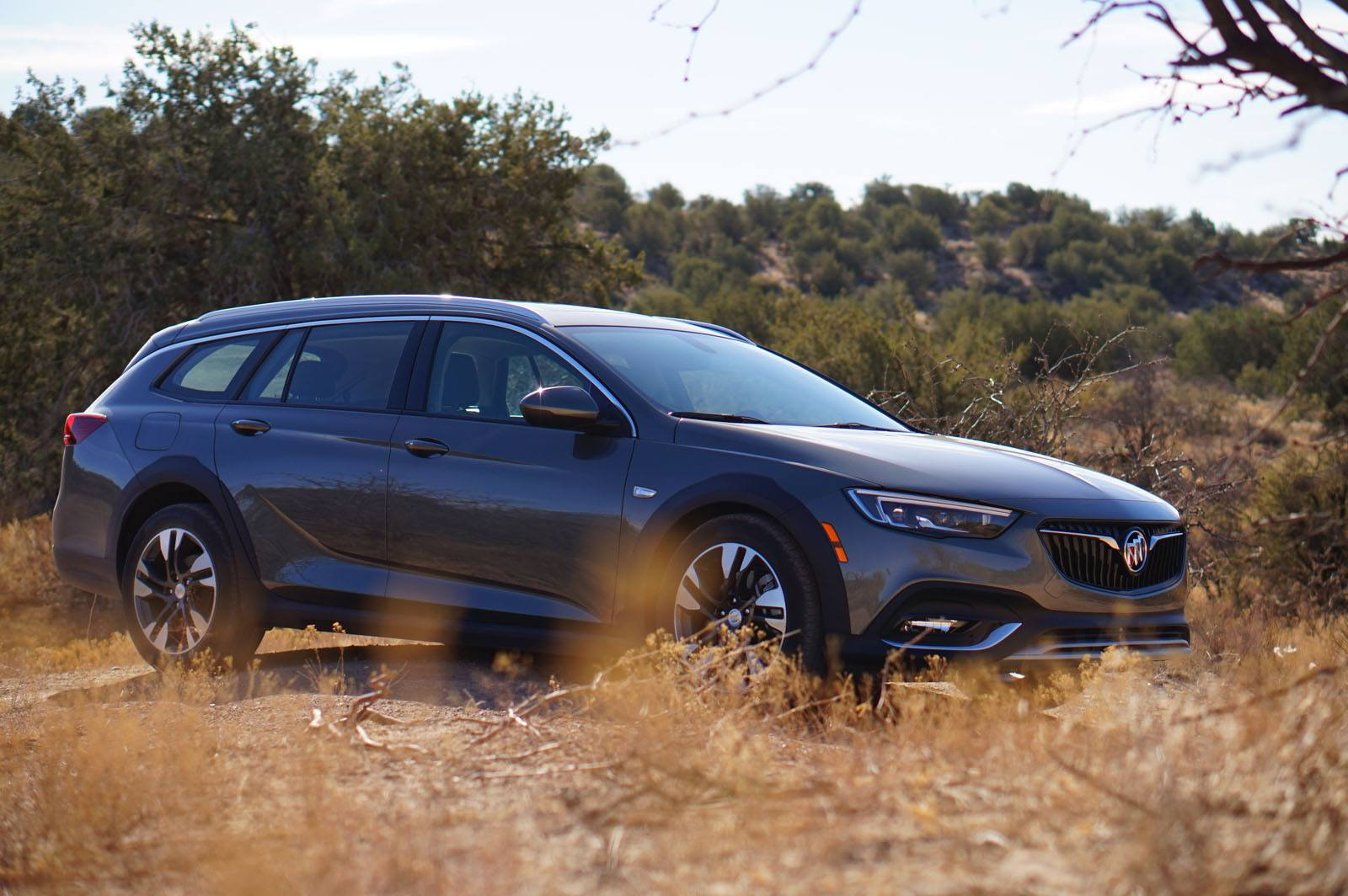 2018 Buick Regal TourX Review and First Drive - AutoGuide.com