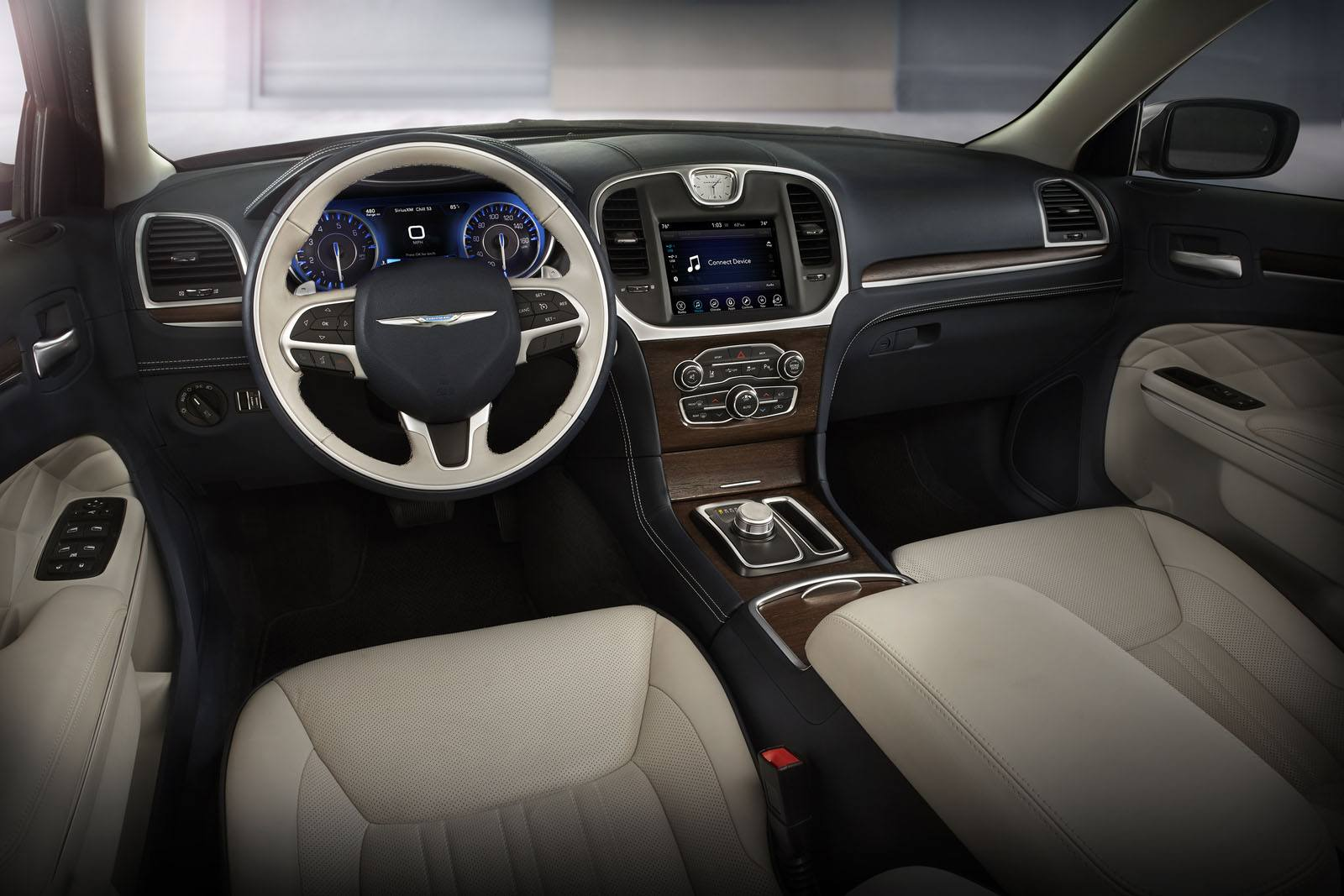 2018 Chrysler 300C, interior