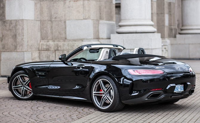 Convertibles Buyers Guide Convertible Prices Reviews And Specs - Sports cars convertible