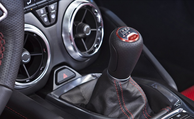 Camaro Getting 7 Speed Manual From C7 Corvette For 2019