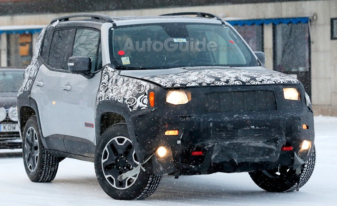 Jeep Renegade Trailhawk Spied Testing its Facelift in the ...