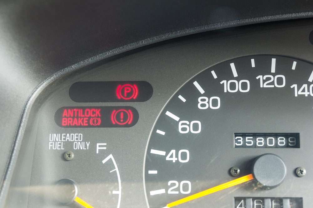 3 Warning Lights That Mean 'Stop Driving RIGHT NOW' » AutoGuide com News