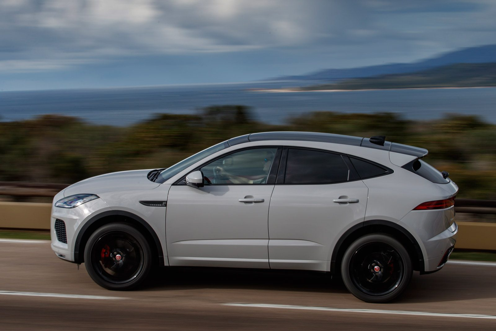 Like GMC, Jaguar had below average predicted reliability but above average  owner satisfaction. Consumer Reports tested four models from the British ...
