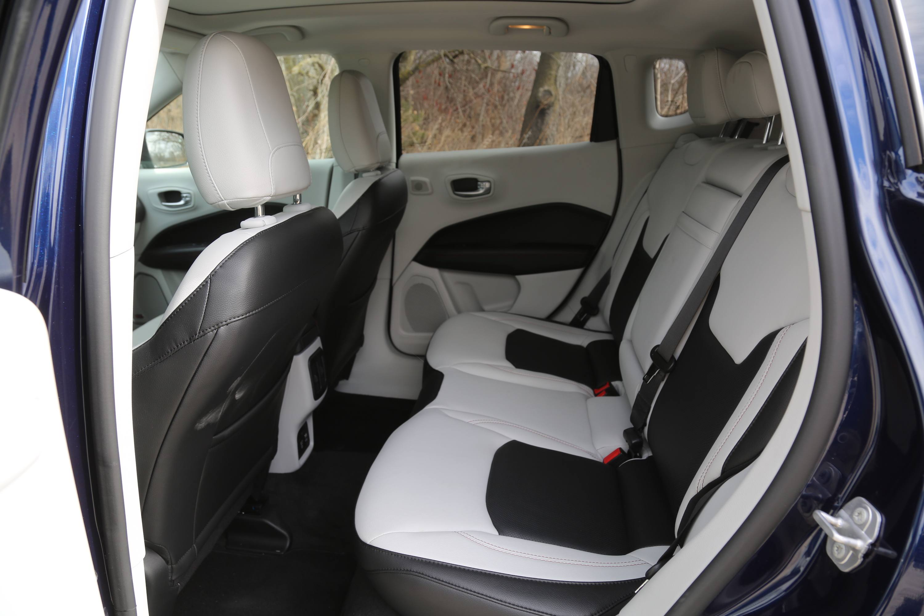 2018 Jeep Compass Review Front Seat Cargo Cover Additionally The Rear Seats Are A Bit Tight And Im Not Thrilled With Space Either Up Or Down Its Shallow It Also Has Pretty High