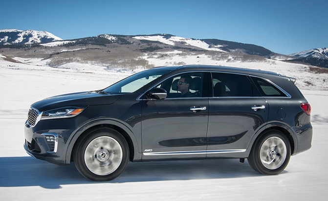 Updated 2019 Kia Sorento Gets A 90 Price Bump 187 Autoguide