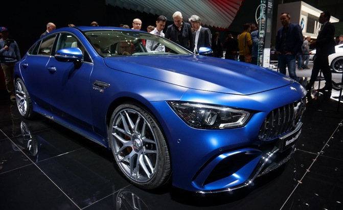 Cheap Car Tires >> Mercedes-AMG GT 4-Door Coupe Proves Practical can Be Sexy ...