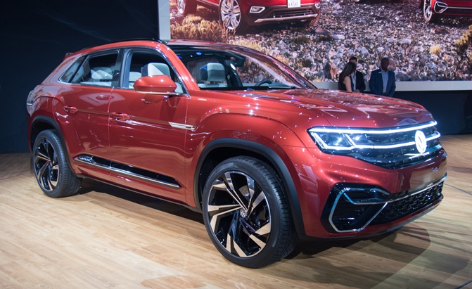 VW Atlas Cross Sport Concept is a Sleek Hybrid SUV With ...