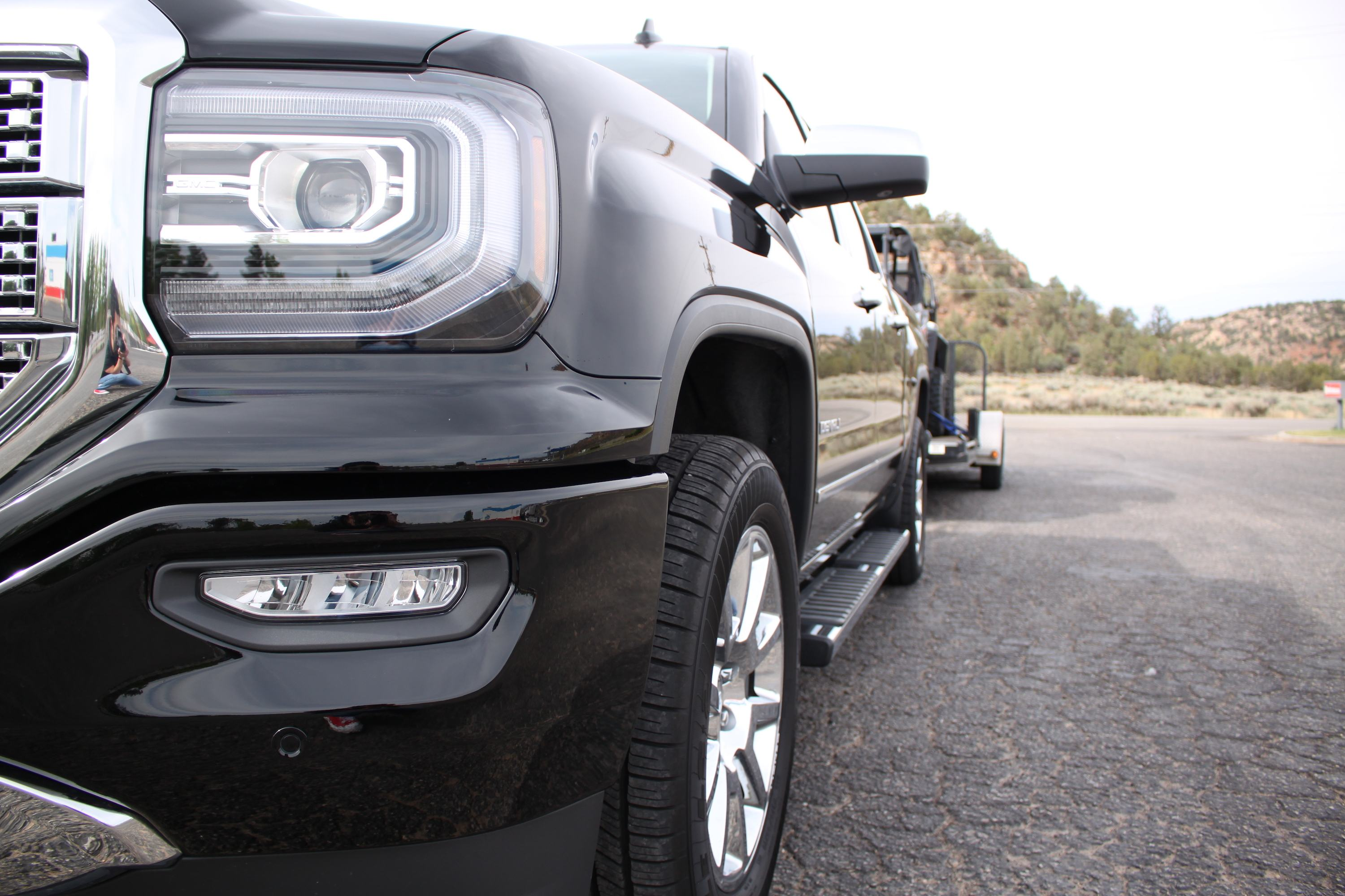 facing my towing fears in the 2018 gmc sierra 1500 denali. Black Bedroom Furniture Sets. Home Design Ideas