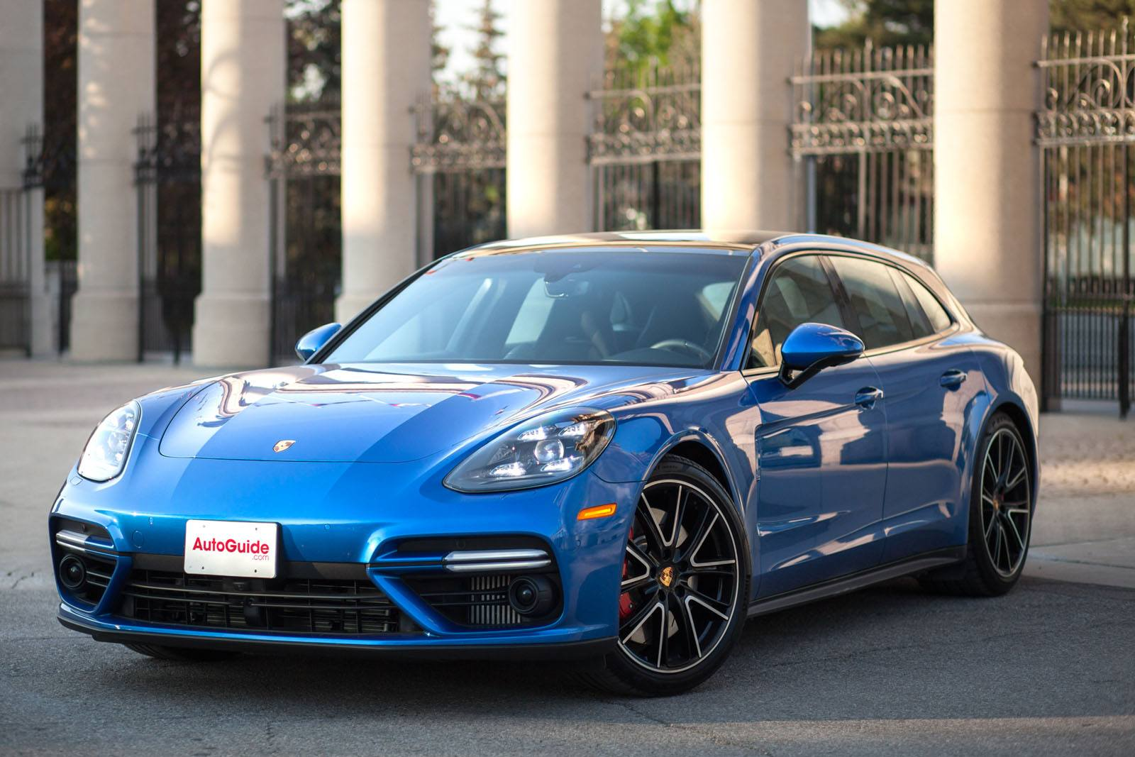 2018 Porsche Panamera Turbo Sport Turismo Review-53-SMART
