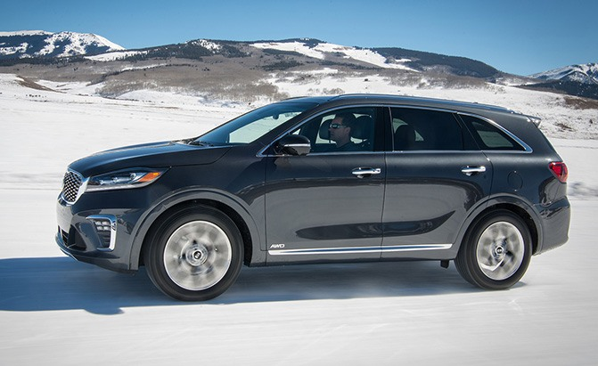 2019 Kia Sorento Earns Highest Safety Rating from IIHS ...