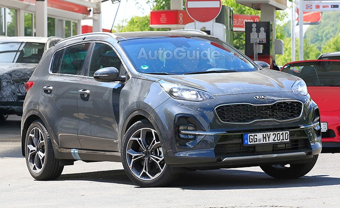 Ford That Looks Like Aston Martin >> 2019 Kia Sportage Looks Ready to Test its Facelift on the Track » AutoGuide.com News