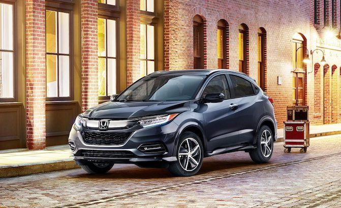 2019 honda hr v has a new face and new equipment news. Black Bedroom Furniture Sets. Home Design Ideas