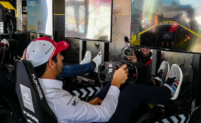 Racing Simulators: Everything You Need to Know - AutoGuide com