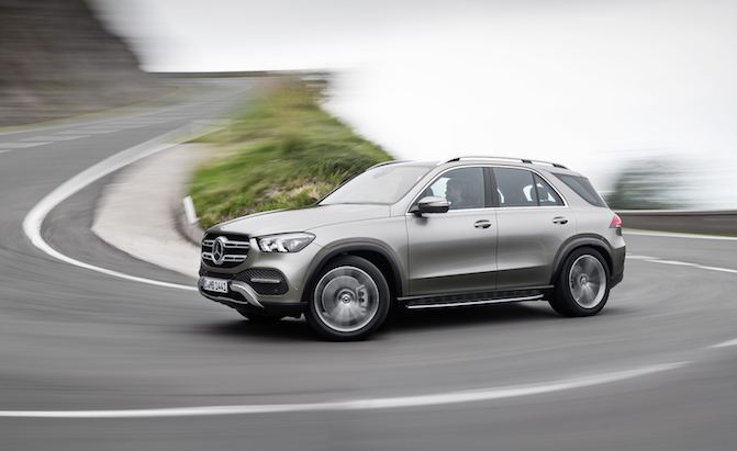 2020 Mercedes-Benz GLE is Bigger and Has a New Inline-Six ...