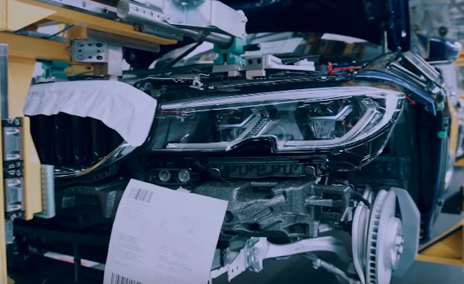 Teaser Video Shows The G20 Bmw 3 Series Inside And Out