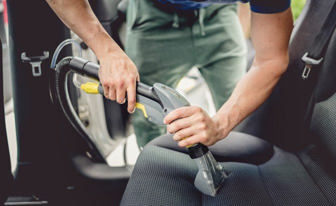 Buyer's Guide: The Best Steam Cleaners for Your Car