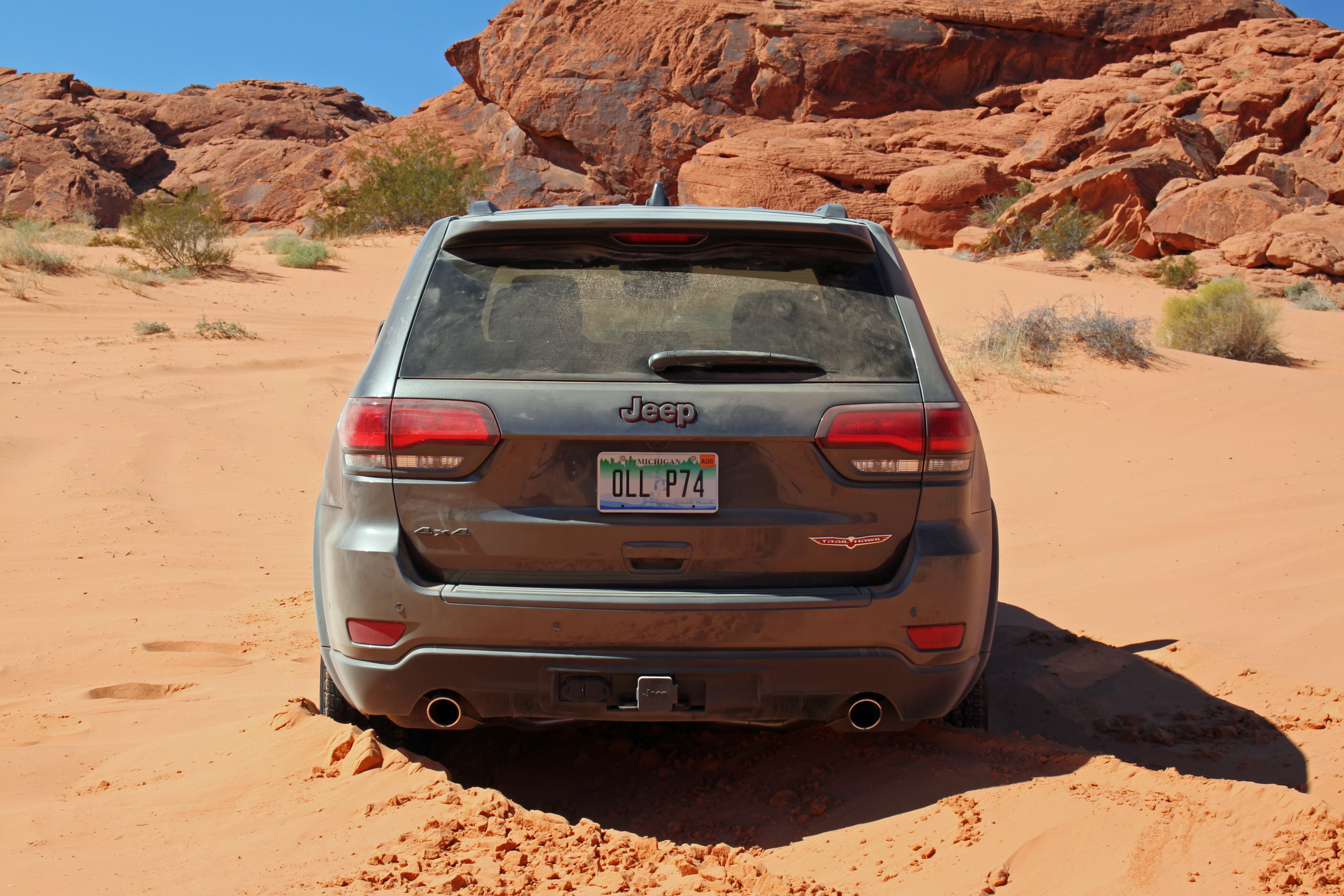 2019 jeep grand cherokee trailhawk review off blog. Black Bedroom Furniture Sets. Home Design Ideas