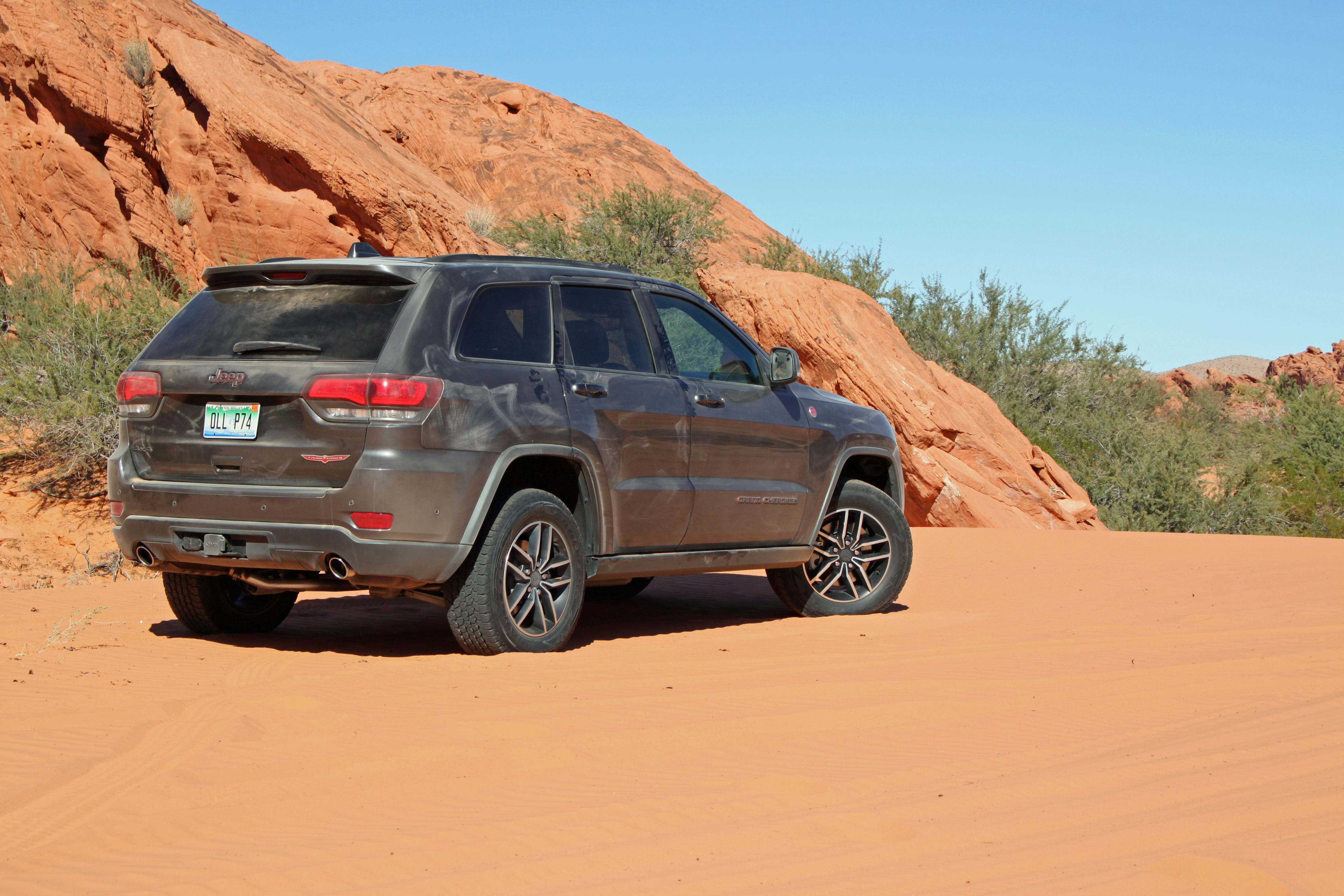 2019 Jeep Grand Cherokee Trailhawk Review | Off-Road.com