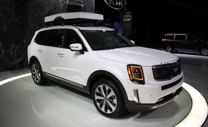 Boxy 2020 Kia Telluride Debuts with Seating for 8 ...