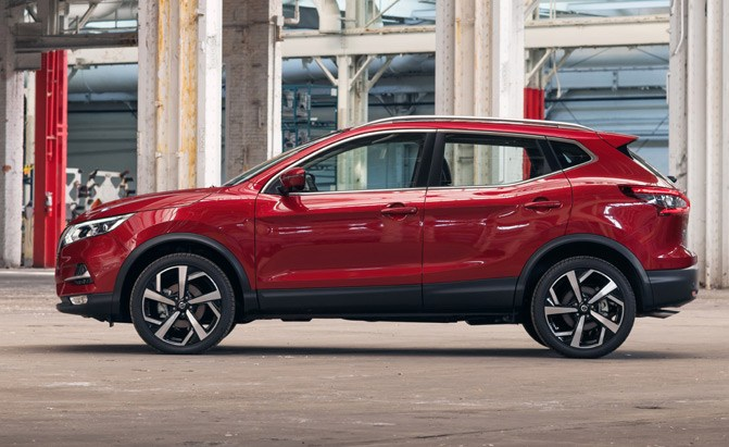 Nissan Rogue Sport Gains New Features For 2020 Autoguide Com News