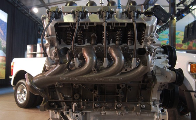Ford Building New Big-Block V8 for Heavy Trucks: Here's a Deep Dive