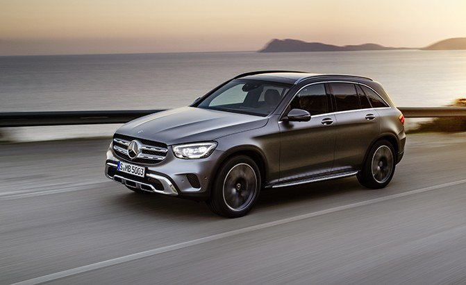 2020 Mercedes-Benz GLC 300 Debuts with More Power, Bigger ...