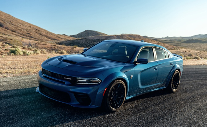 2020 Dodge Charger Hellcat and R/T Scat Pack Gain Wide Body Stance and Demon Track Apps