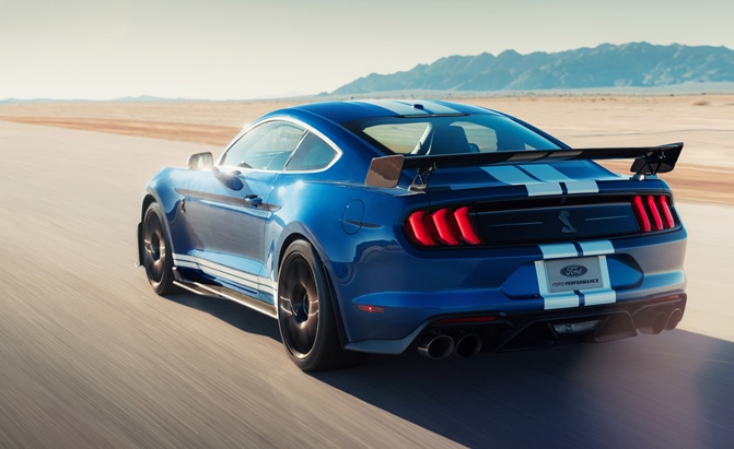 2020 Ford Mustang Shelby GT500 Gets a Monstrous 760 HP, 625 lb-ft of Torque
