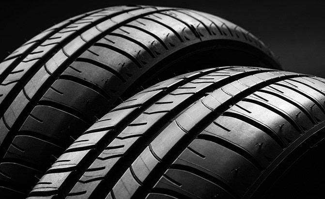 newest b6fbb e4485 4th of July Tire Deals