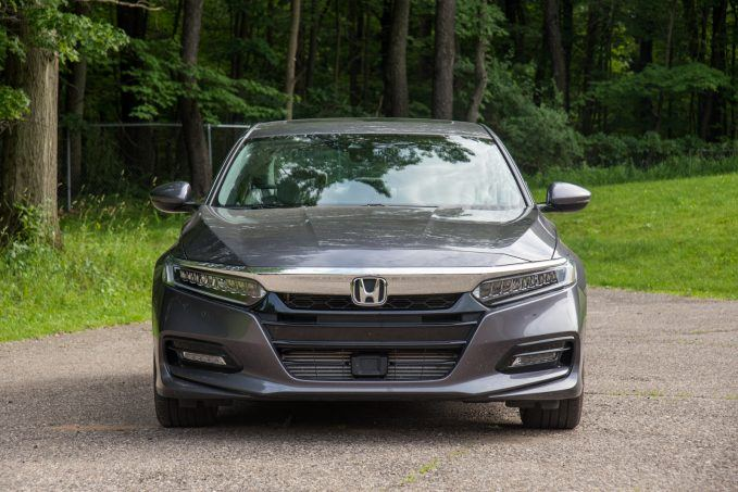 2019 Honda Accord Vs Mazda6 Sedan Comparison Video