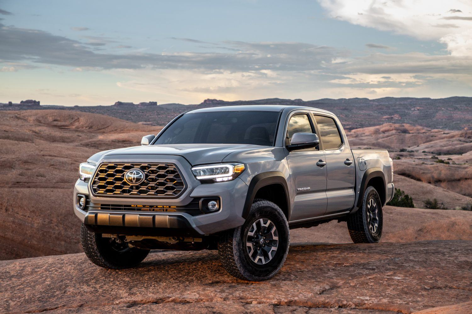 2020 toyota tacoma gets new tech style and colors