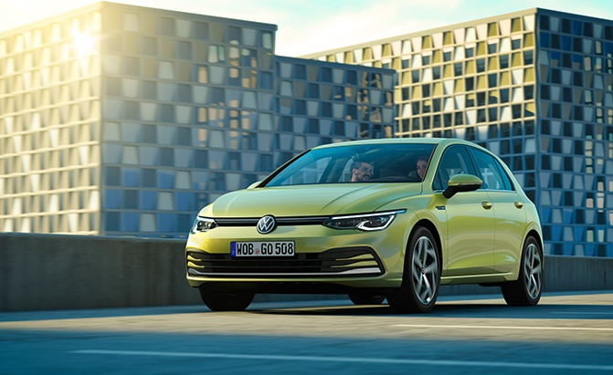 2020 Volkswagen Golf Revealed With Plenty of Tech, Green Engine Choices