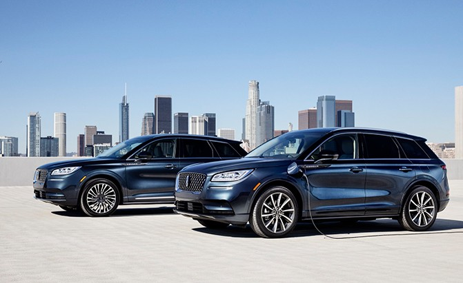 2021 Lincoln Corsair Grand Touring Adds More Plug-In Power to Luxury Brand