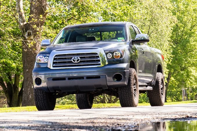 Enter early and enter often to win this Barricade Off-Road giveaway.