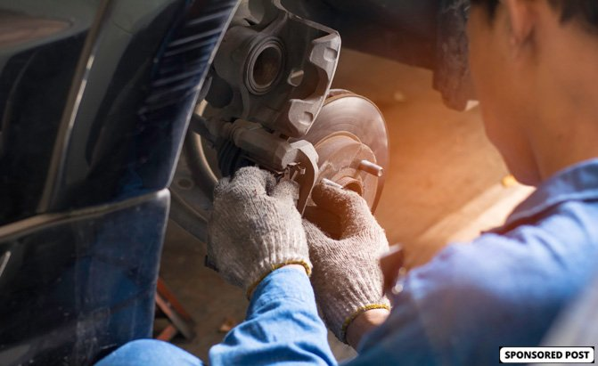 There are a number of different factors that go into determining brake pad replacement cost.