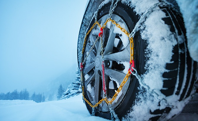 The Best Tire Chains for Serious Winter Driving - AutoGuide.com