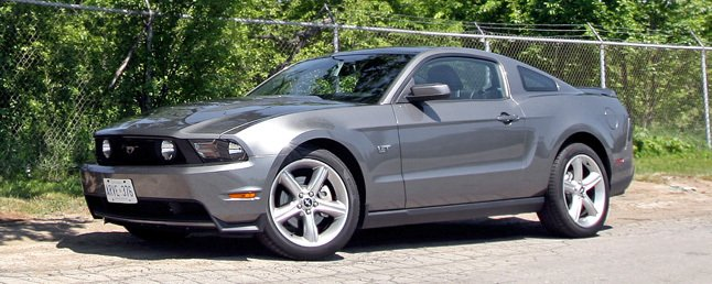 2010 ford mustang gt review car reviews. Black Bedroom Furniture Sets. Home Design Ideas