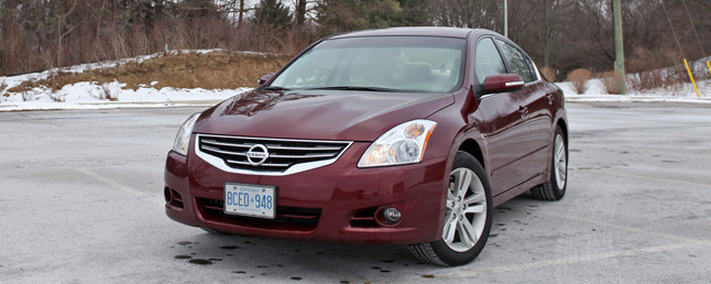2010 Nissan Altima 3.5 SR Review: Car Reviews
