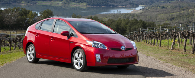 2010 Toyota Prius III Review