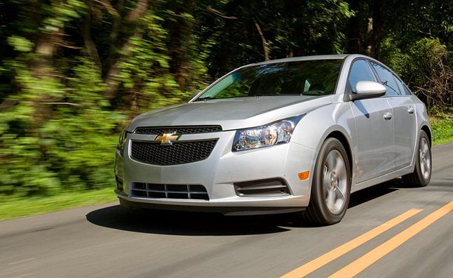 2011 chevrolet cruze specs and features. Black Bedroom Furniture Sets. Home Design Ideas