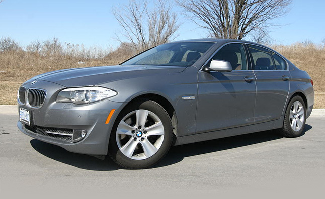 2011 BMW 528i Review [Video]