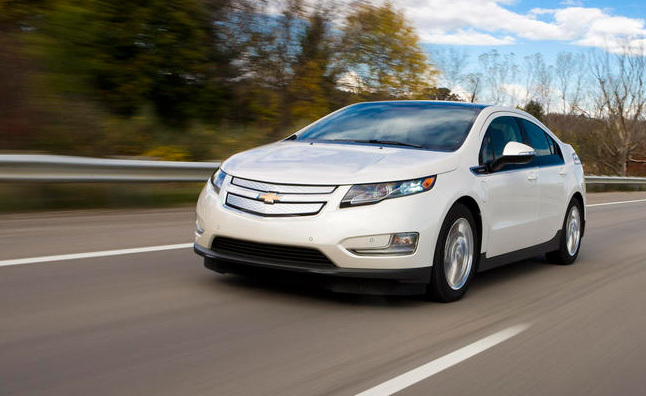 2011 Chevrolet Volt Review – First Drive