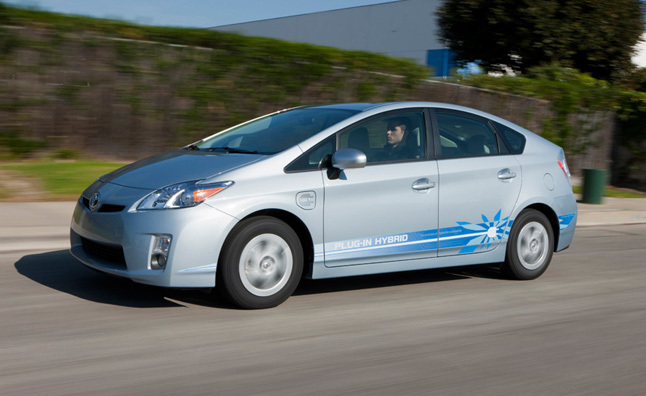 2012 Toyota Prius PHV (Plug-In Hybrid Vehicle) Review